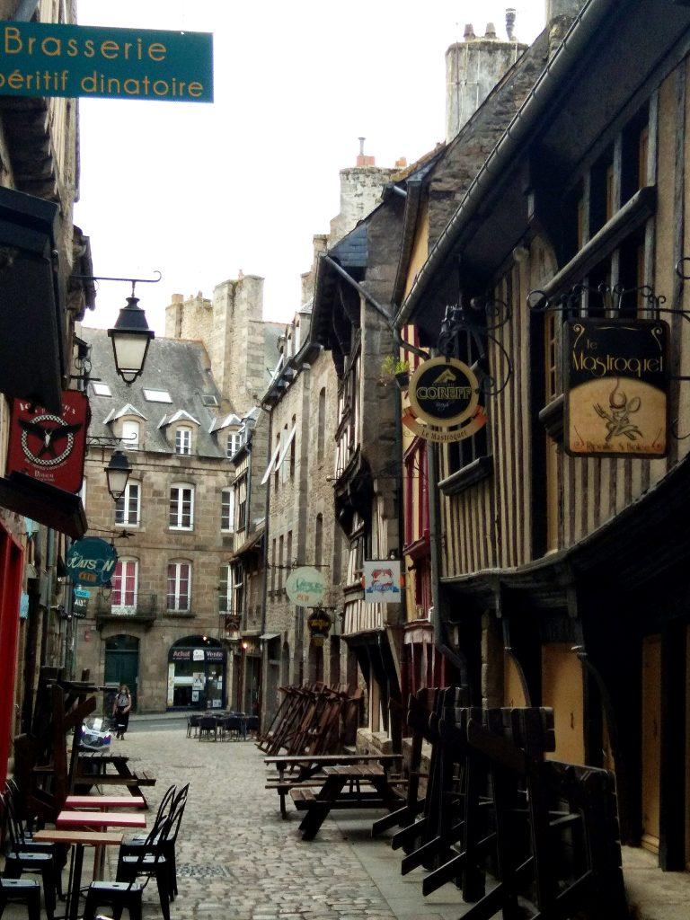 Rue Dinan