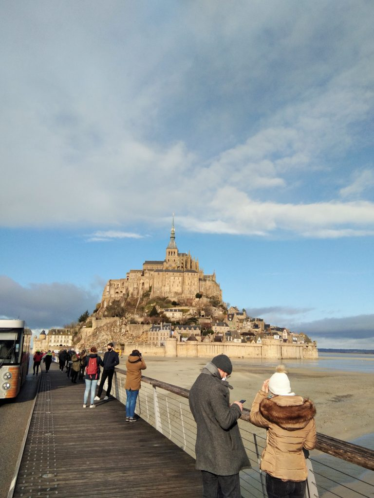 Illustration promenade au Mont saint Michel